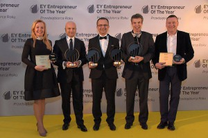 Projekt statuetki, dyplomów i nagrody specjalne dla EY – Przedsiębiorca roku '14